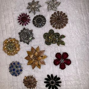 Jewelry - Beautiful Brooches